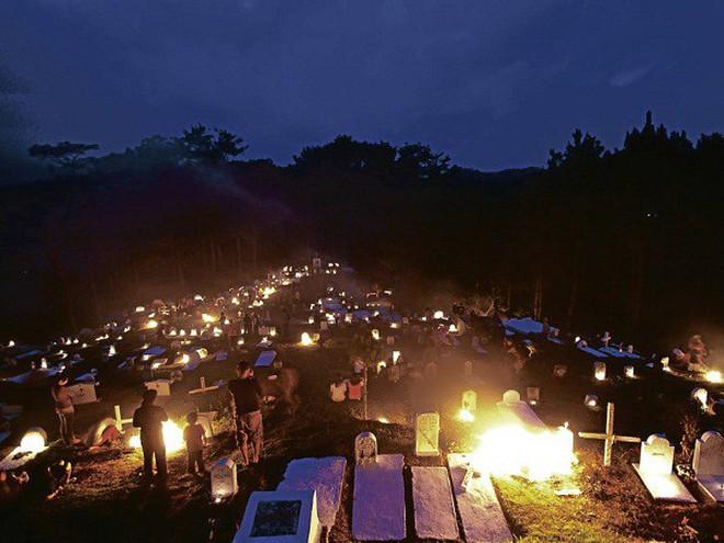 Phiên bản Halloween lụi tàn của người Philippines: Không phải lễ hội trò chơi mà là truyền thống tưởng niệm, nhưng dần bị các giá trị hiện đại xóa bỏ - ảnh 5