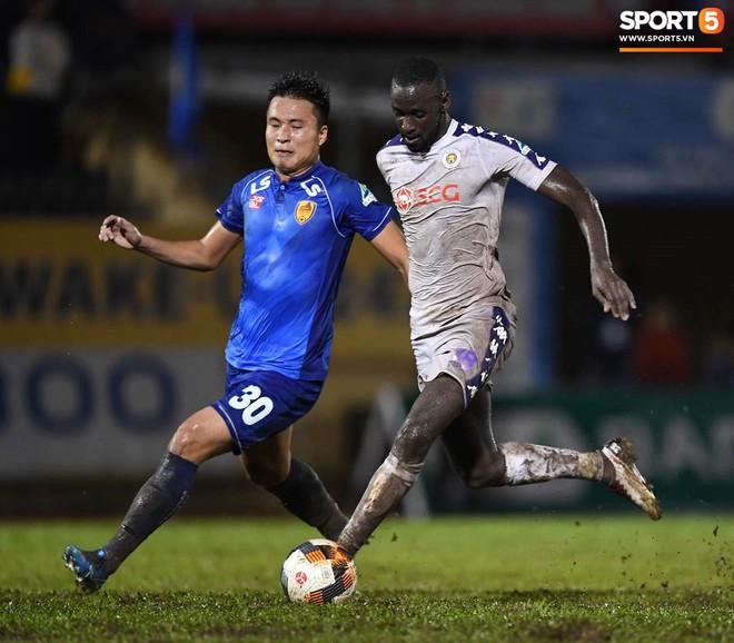 """Đánh bại Quảng Nam trong trận """"thuỷ chiến, Hà Nội FC lần đầu tiên vô địch Cúp Quốc gia 2019 - ảnh 14"""