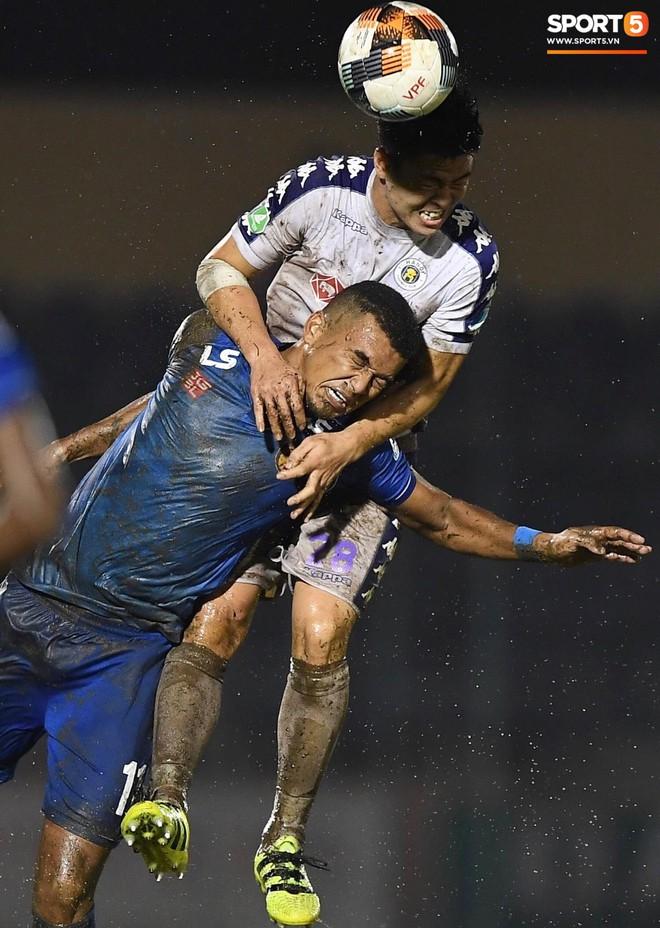 """Đánh bại Quảng Nam trong trận """"thuỷ chiến, Hà Nội FC lần đầu tiên vô địch Cúp Quốc gia 2019 - ảnh 9"""