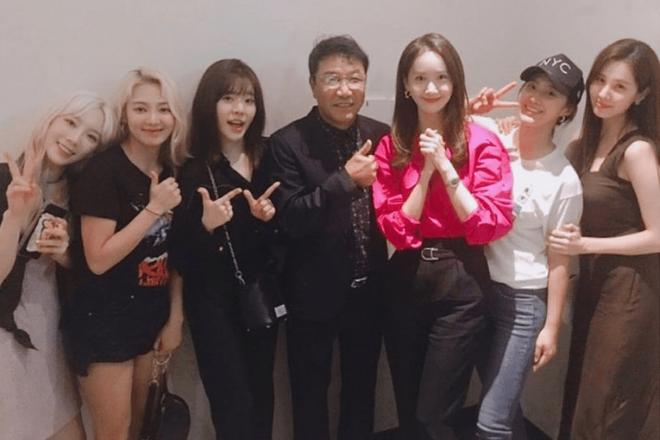 Chuyên gia tộc nhà chủ tịch SM Lee Soo Man: Thái tử ngậm thìa vàng bí ẩn nhất Kbiz và cô cháu gái nổi tiếng khắp châu Á - ảnh 17