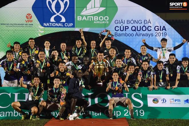 Từ Hà Lan, Văn Hậu cùng hưởng niềm vui vô địch với Hà Nội FC bằng cách đặc biệt này - ảnh 12