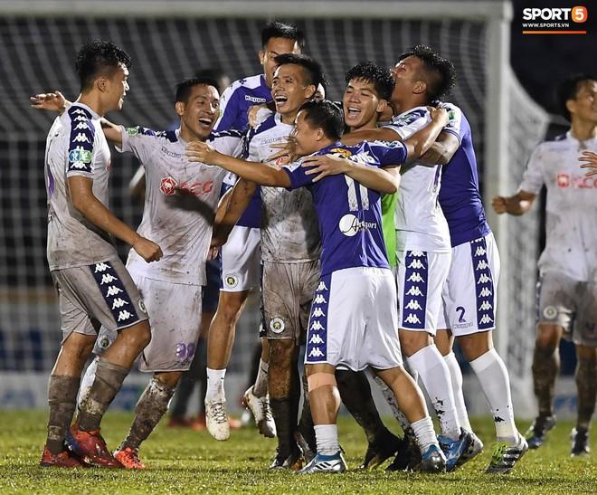 Từ Hà Lan, Văn Hậu cùng hưởng niềm vui vô địch với Hà Nội FC bằng cách đặc biệt này - ảnh 8
