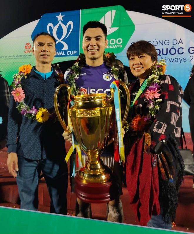 Từ Hà Lan, Văn Hậu cùng hưởng niềm vui vô địch với Hà Nội FC bằng cách đặc biệt này - ảnh 10