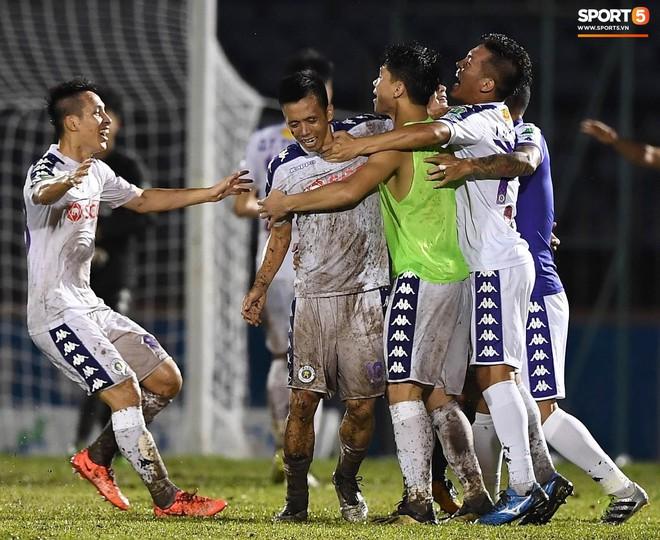 Từ Hà Lan, Văn Hậu cùng hưởng niềm vui vô địch với Hà Nội FC bằng cách đặc biệt này - ảnh 7