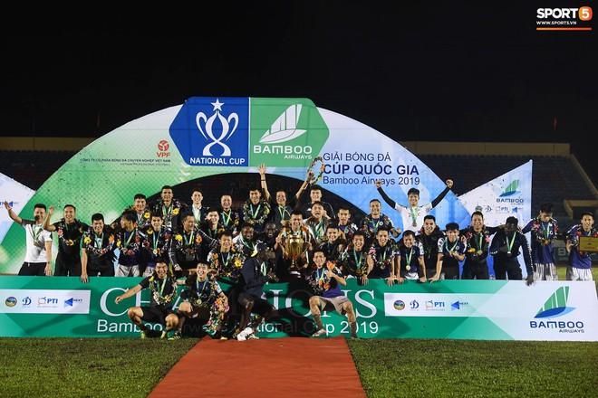 Từ Hà Lan, Văn Hậu cùng hưởng niềm vui vô địch với Hà Nội FC bằng cách đặc biệt này - ảnh 11