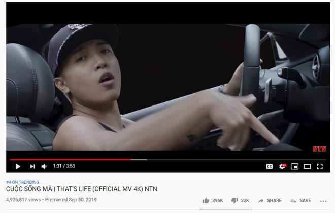 Phải chăng nhờ Sơn Tùng M-TP, một MV mới toanh bỗng dưng vượt mặt cả Mỹ Tâm vào top 3 Youtube trending? - Ảnh 1.