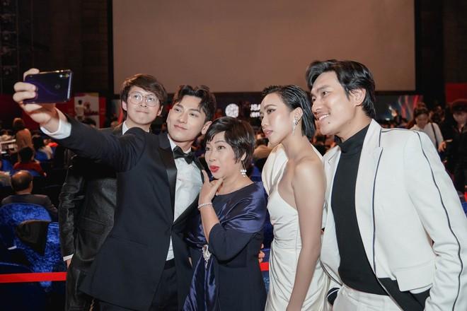 Toàn tin vui cho phim Việt tại LHP quốc tế Busan ngày đầu tiên: Anh Trai Yêu Quái và Bắc Kim Thang cùng cháy vé - ảnh 9
