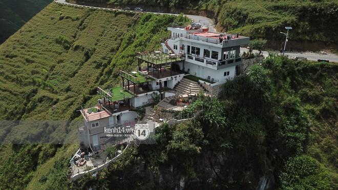 Chùm ảnh: Cận cảnh toà nhà 7 tầng xây dựng trái phép trên đỉnh Mã Pì Lèng - Ảnh 4.