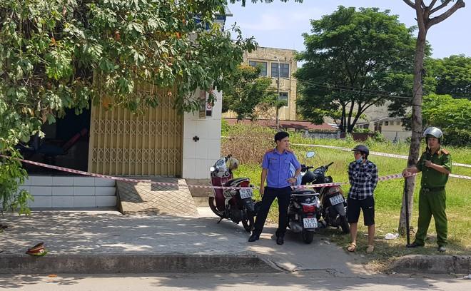 Chân dung tên cướp đâm chết cụ bà 71 tuổi và làm trọng thương cô gái sau khi mua dâm trong quán hớt tóc ở Đà Nẵng - ảnh 2