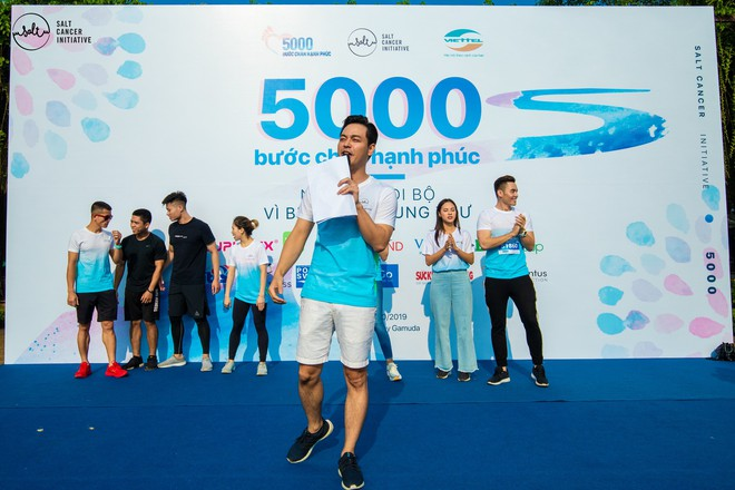 Gần 1.000 người và rất nhiều KOLs cùng tham gia ngày hội đi bộ vì Bệnh nhân ung thư Việt Nam - ảnh 3