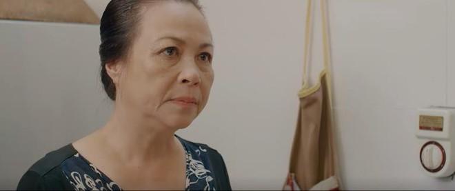 Nghịch lý màn ảnh Việt: Mẹ chồng toàn yêu quái  còn bố chồng lại cưng con dâu đến mức bị hiểu lầm là tiểu tam? - ảnh 1