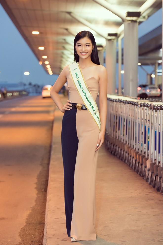 Khách sạn tổ chức Miss Grand International tại Venezuela bốc cháy dữ dội - Ảnh 2.