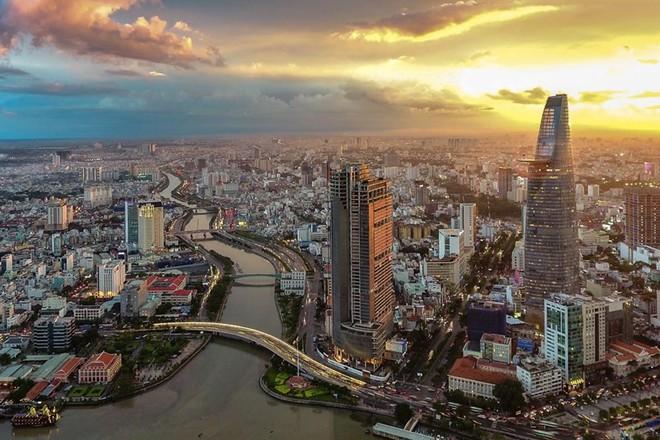 Việt Nam xếp hạng 2 thế giới về dễ làm việc, kết bạn và nuôi gia đình - ảnh 1