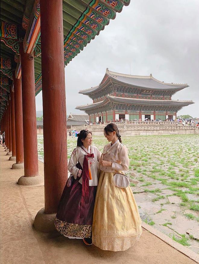 Loạt mỹ nhân Việt thường xuyên trốn việc để đi du lịch cùng mẹ khiến dân tình phát hờn vì cực tình cảm và đáng yêu - ảnh 17