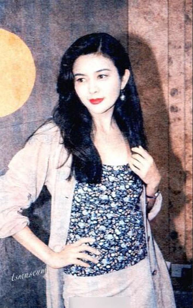 Xao xuyến nhan sắc U30 của Quan Chi Lâm, bảo sao Lưu Đức Hoa phải thốt lên: Cô ấy là người đẹp nhất tôi từng gặp - ảnh 14