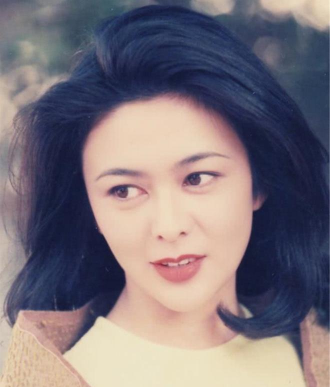 Xao xuyến nhan sắc U30 của Quan Chi Lâm, bảo sao Lưu Đức Hoa phải thốt lên: Cô ấy là người đẹp nhất tôi từng gặp - ảnh 20
