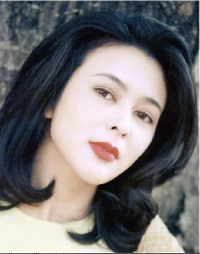 Xao xuyến nhan sắc U30 của Quan Chi Lâm, bảo sao Lưu Đức Hoa phải thốt lên: Cô ấy là người đẹp nhất tôi từng gặp - ảnh 21