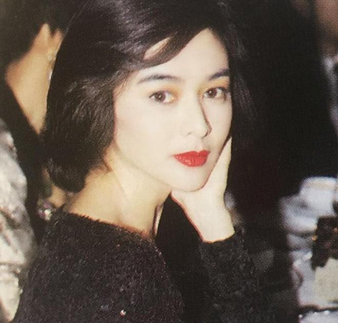 Xao xuyến nhan sắc U30 của Quan Chi Lâm, bảo sao Lưu Đức Hoa phải thốt lên: Cô ấy là người đẹp nhất tôi từng gặp - ảnh 22