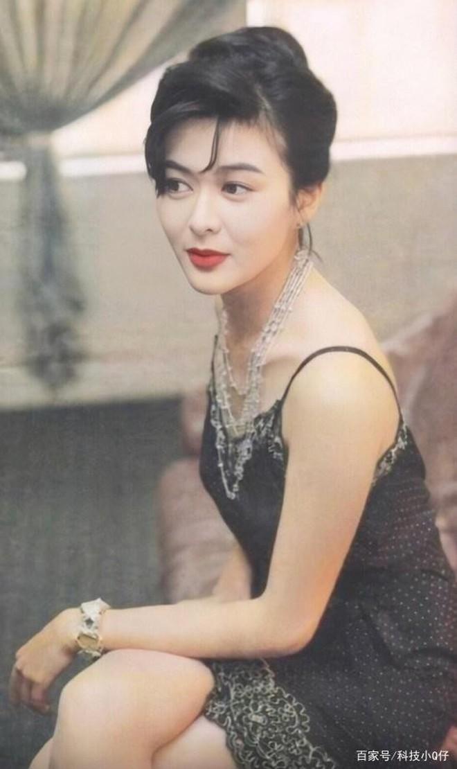 Xao xuyến nhan sắc U30 của Quan Chi Lâm, bảo sao Lưu Đức Hoa phải thốt lên: Cô ấy là người đẹp nhất tôi từng gặp - ảnh 23