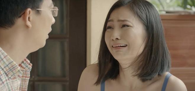 """Động trời Hoa Hồng Trên Ngực Trái tập 19: Bà Kim đầu độc con dâu đến vô sinh vì tội """"tiểu tam"""" mồi chài bố chồng? - Ảnh 2."""