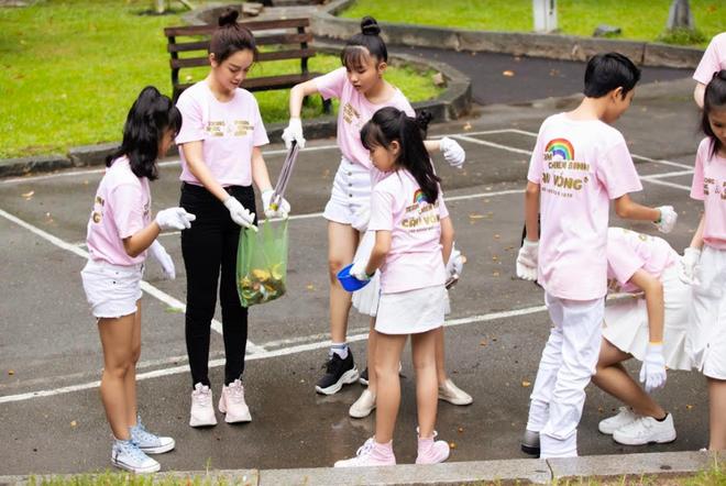 Tình trạng ô nhiễm không khí đáng báo động, Phạm Quỳnh Anh rủ học trò The Voice Kids thực hiện MV đầy ý nghĩa về môi trường - ảnh 2
