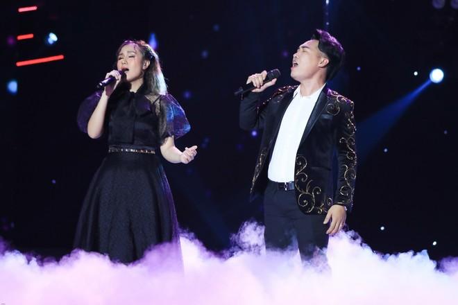 Cặp đôi vàng: Thiện Nhân khóc không ngừng khi hát về hoàn cảnh của bản thân - ảnh 1