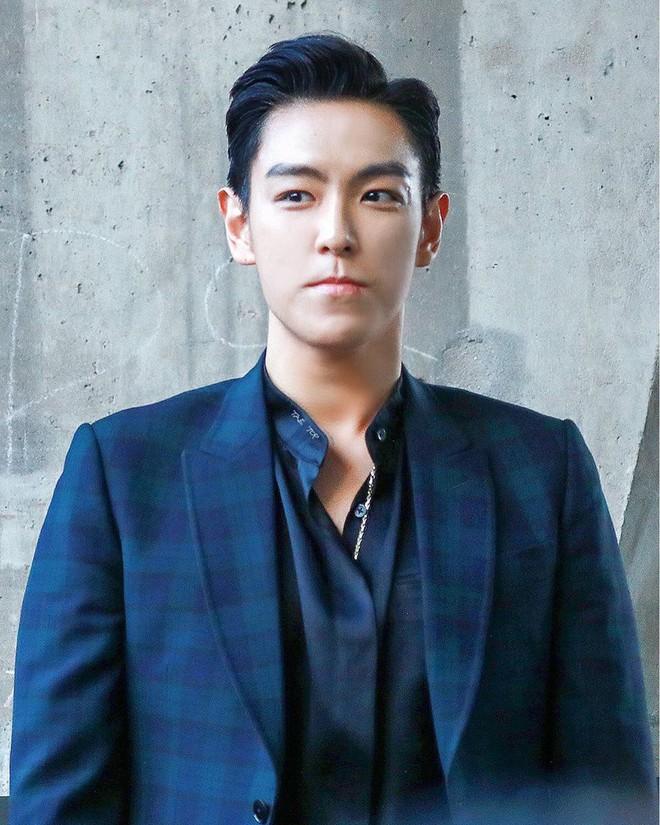 Fan BIGBANG đâu hết rồi? Vào xem T.O.P ở nhà làm nhạc chờ G-Dragon, Daesung và Taeyang về come back đây này! - Ảnh 2.