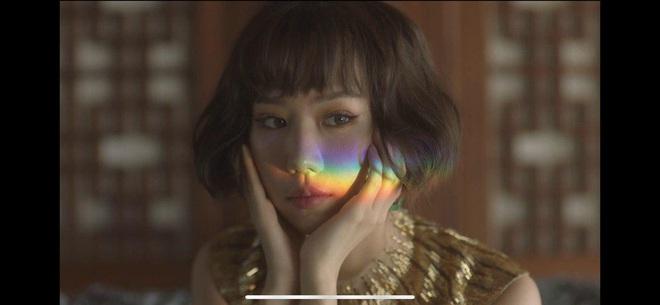Min táo bạo đưa motif nhân thú vào MV Vì Yêu Cứ Đâm Đầu, Đen và Justatee không thấy đâu nhưng giật thót khi xem đến cái kết! - ảnh 1