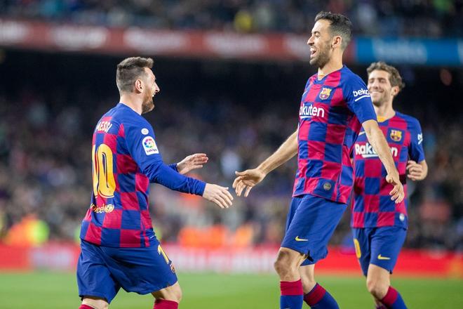 Messi lập cú đúp siêu phẩm sút phạt để cân bằng kỷ lục hat-trick với CR7 và giúp Barcelona giữ vững ngôi đầu La Liga - ảnh 7