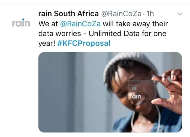 Mạnh dạn cầu hôn trong KFC, cặp đôi bất ngờ bị hàng loạt thương hiệu lớn truy lùng đòi... tặng quà khủng và đài thọ toàn bộ chi phí cưới hỏi - ảnh 9