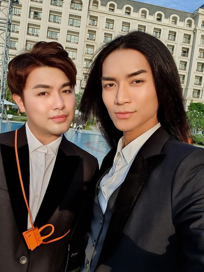Cao thủ không bằng tranh thủ, BB Trần dự siêu đám cưới Đông Nhi và tiện hưởng tuần trăng mật bên người yêu đồng giới - ảnh 2
