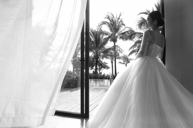 Ngọt lịm tim trong hậu trường đám cưới Đông Nhi - Ông Cao Thắng: Từ nụ hôn đến cái nắm tay cũng tình như cổ tích! - ảnh 3