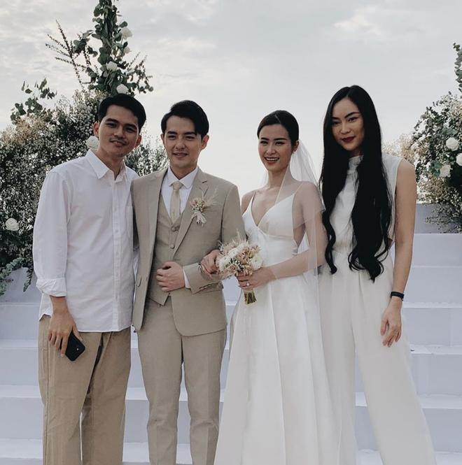Chạy show chúc mừng Mie, Helly Tống vẫn ám ảnh chuyện bị quăng xuống hồ tới 20 lần ở siêu đám cưới Đông Nhi - Ông Cao Thắng - ảnh 5