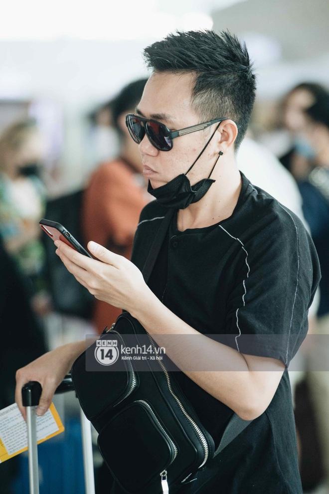 Dàn sao Vbiz đổ bộ sân bay rời Phú Quốc: Người thấm mệt, người vẫn tươi rói sau đêm quẩy nhiệt tại đám cưới Đông Nhi - ảnh 14
