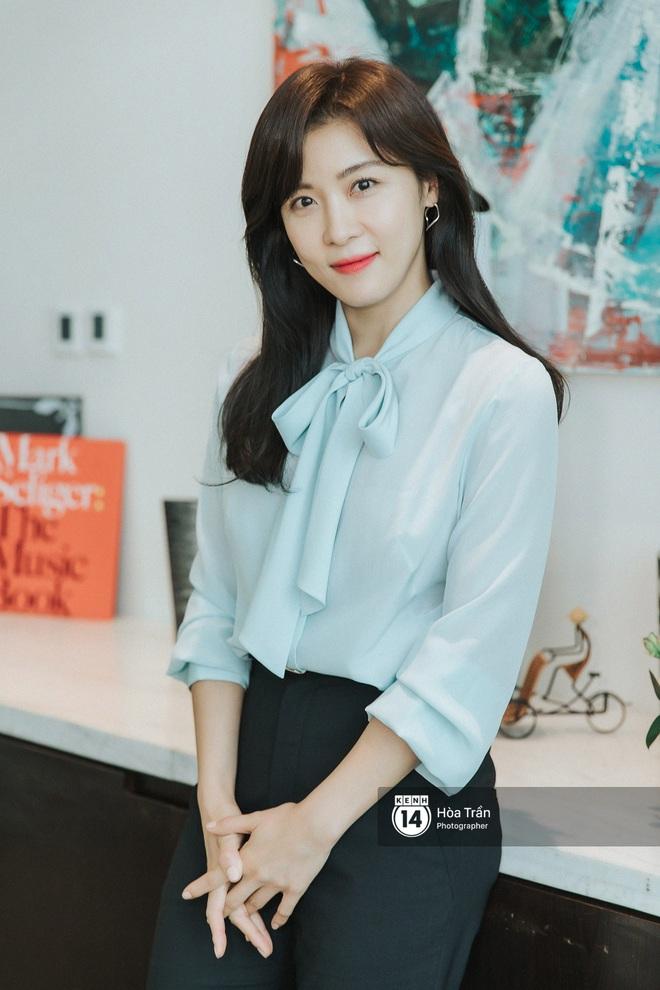 Phỏng vấn Hoàng hậu Ki Ha Ji Won tại Việt Nam: Không dưới 10 lần định bỏ làm diễn viên, tiết lộ bí quyết giữ nhan sắc hack tuổi - ảnh 9