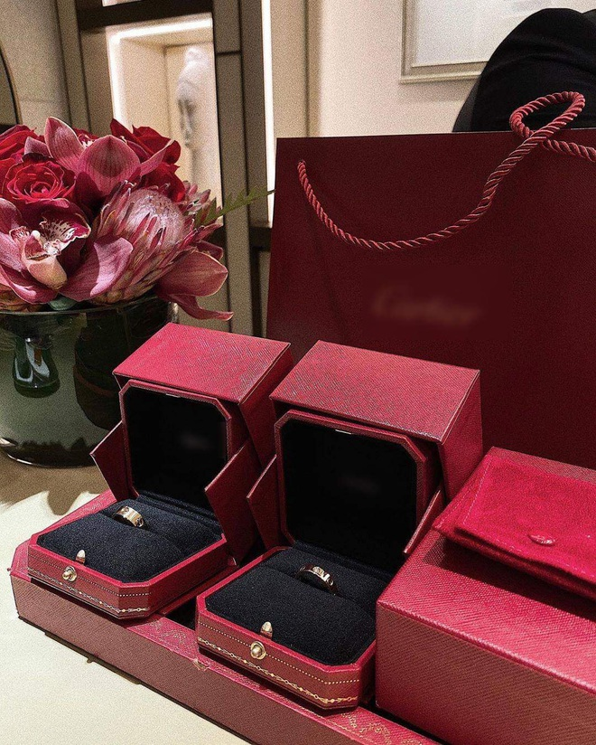 Rich kid nổi tiếng với màn shopping 2,3 tỷ khoe ảnh cưới chụp ở Mỹ, nhẫn cưới cũng đắt đỏ xứng tầm con nhà giàu - ảnh 4