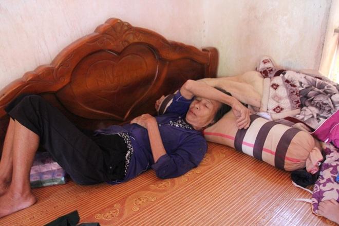 Vụ 39 người Việt tử vong trong xe container: Vợ trẻ mang bầu 7 tháng khóc cạn khô nước mắt chờ ngày đón thi thể chồng - ảnh 3