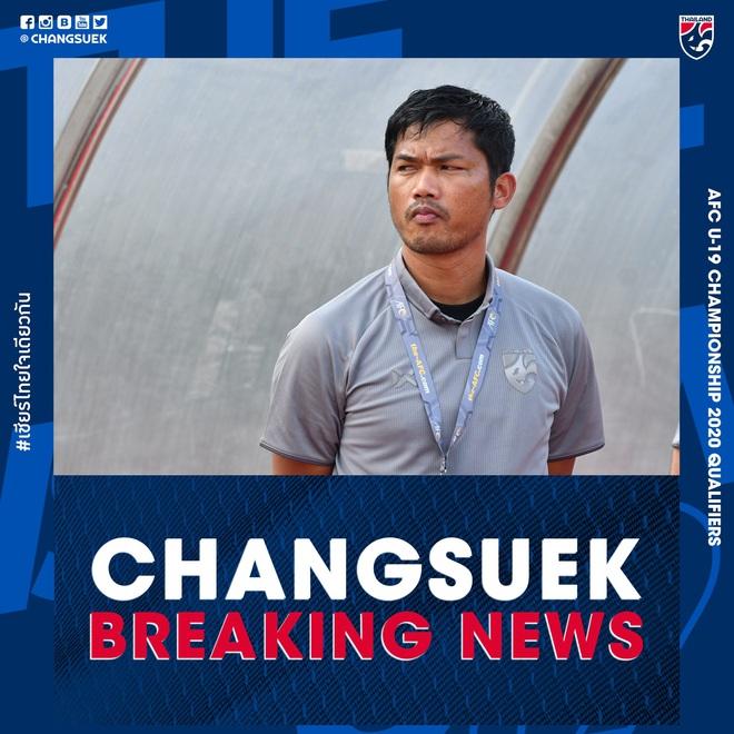 HLV trưởng U19 Thái Lan từ chức sau thất bại đáng xấu hổ: Đừng đổ lỗi cho các cầu thủ, hãy đổ hết trách nhiệm lên tôi - ảnh 1