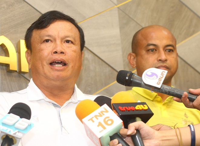 HLV trưởng U19 Thái Lan từ chức sau thất bại đáng xấu hổ: Đừng đổ lỗi cho các cầu thủ, hãy đổ hết trách nhiệm lên tôi - ảnh 3
