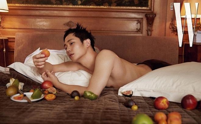 Những bộ hình để đời của dàn nam thần Hàn: Càng nhìn càng sai, Park Bo Gum và thái tử Joo Ji Hoon gây sốc nặng - ảnh 3