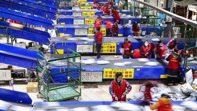 Không có Jack Ma, Alibaba vẫn 'bỏ túi' 13 tỷ USD trong giờ đầu tiên Ngày độc thân 11/11 - ảnh 1