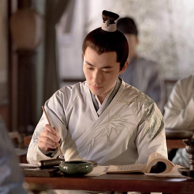 2 phim Trung thị phi cả rổ: Ngô Diệc Phàm - Dương Tử tranh ai diễn chính, Tiêu Chiến không tìm được người yêu? - ảnh 8