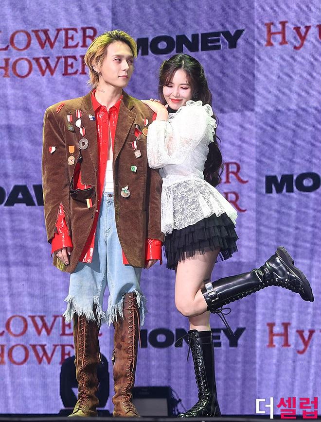 Ghen nổ mắt với chuyện tình Hyuna - E'Dawn: Đằng gái ấp ủ tỏ tình, đằng trai vỡ òa vì được đàn chị nóng bỏng thổ lộ - ảnh 3