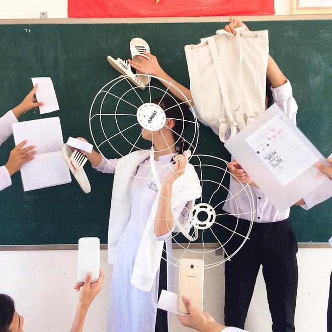 """Diện đồ tone-sur-tone với những đạo cụ """"bá đạo"""", trend mới nổi của giới học sinh là đây! - ảnh 4"""