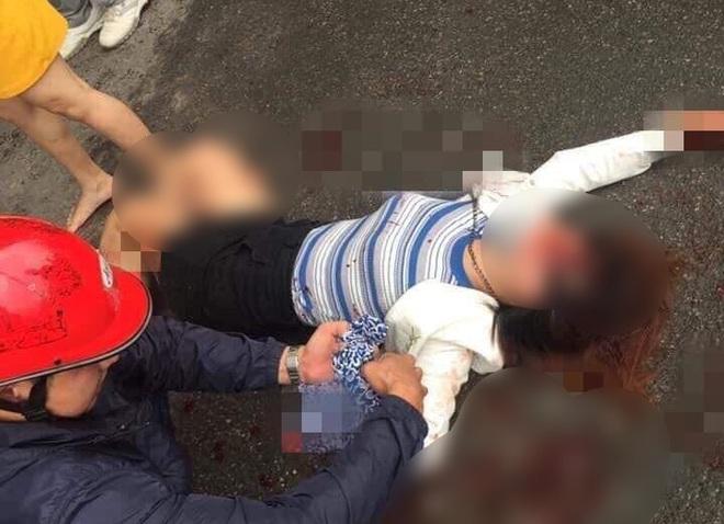 Hà Nội: Kinh hoàng nam thanh niên cầm dao truy sát 2 cô gái, 1 người bị đâm gục - ảnh 1