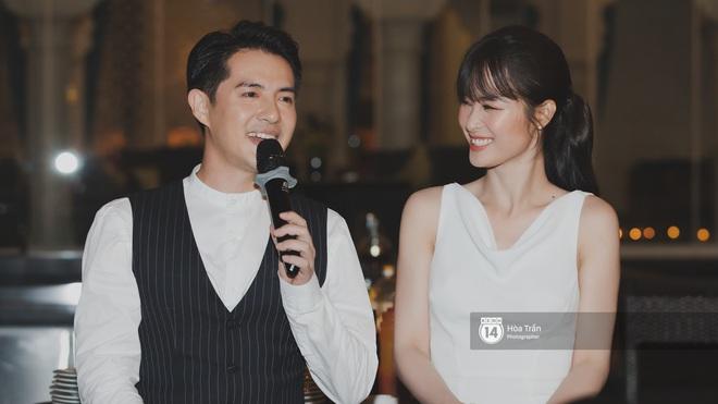 Hậu đám cưới thế kỷ, Đông Nhi tiết lộ sụt 1,5kg nhưng vẫn xuất hiện cực xinh bên ông xã Ông Cao Thắng tại tiệc cảm ơn - Ảnh 9.