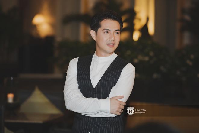 Hậu đám cưới thế kỷ, Đông Nhi tiết lộ sụt 1,5kg nhưng vẫn xuất hiện cực xinh bên ông xã Ông Cao Thắng tại tiệc cảm ơn - Ảnh 11.