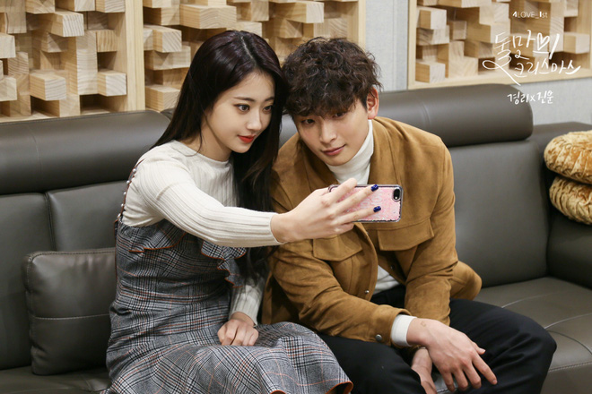 SBS tung tin hẹn hò của nam thần Jinwoon (2AM) và idol bốc lửa Kyungri (9MUSES): Cặp đôi sexy nhất Kbiz là đây! - Ảnh 5.