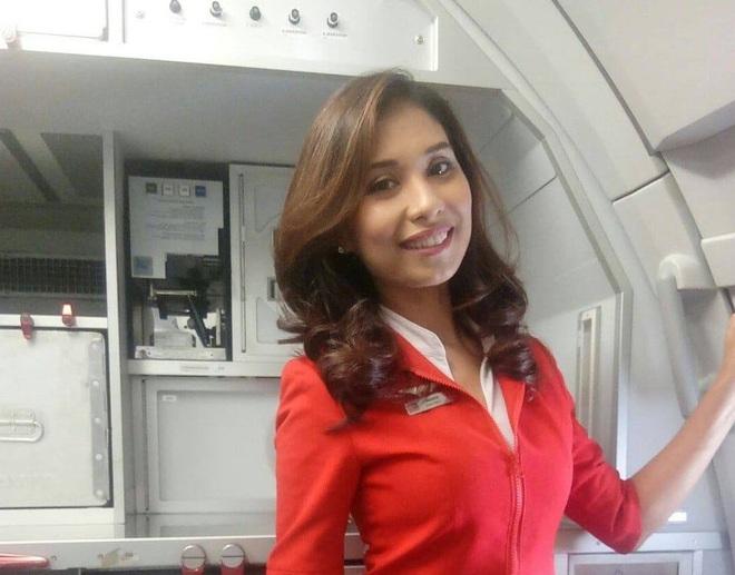Hành trình chiến đấu với bệnh ung thư xương để tiếp tục theo đuổi công việc mơ ước của nữ tiếp viên Malaysia - ảnh 1