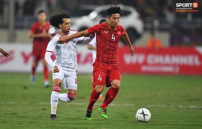 Tuyển thủ Việt Nam ra sân với số áo lạ và sự tinh quái của thầy Park - ảnh 8